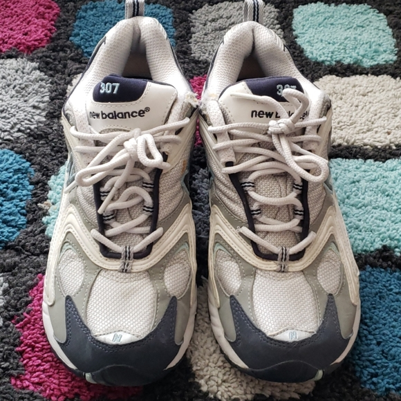 New Balance 307 Womens Running Shoes Size 9.5